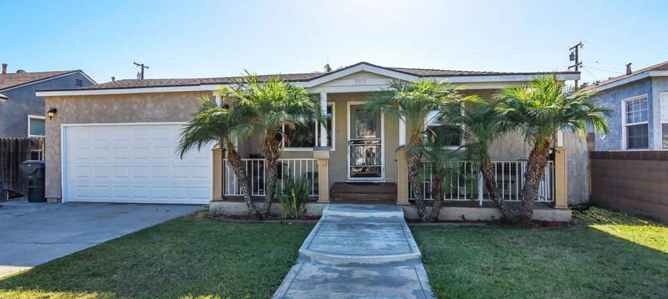 5919 Adenmoor Ave, Lakewood, CA 90713