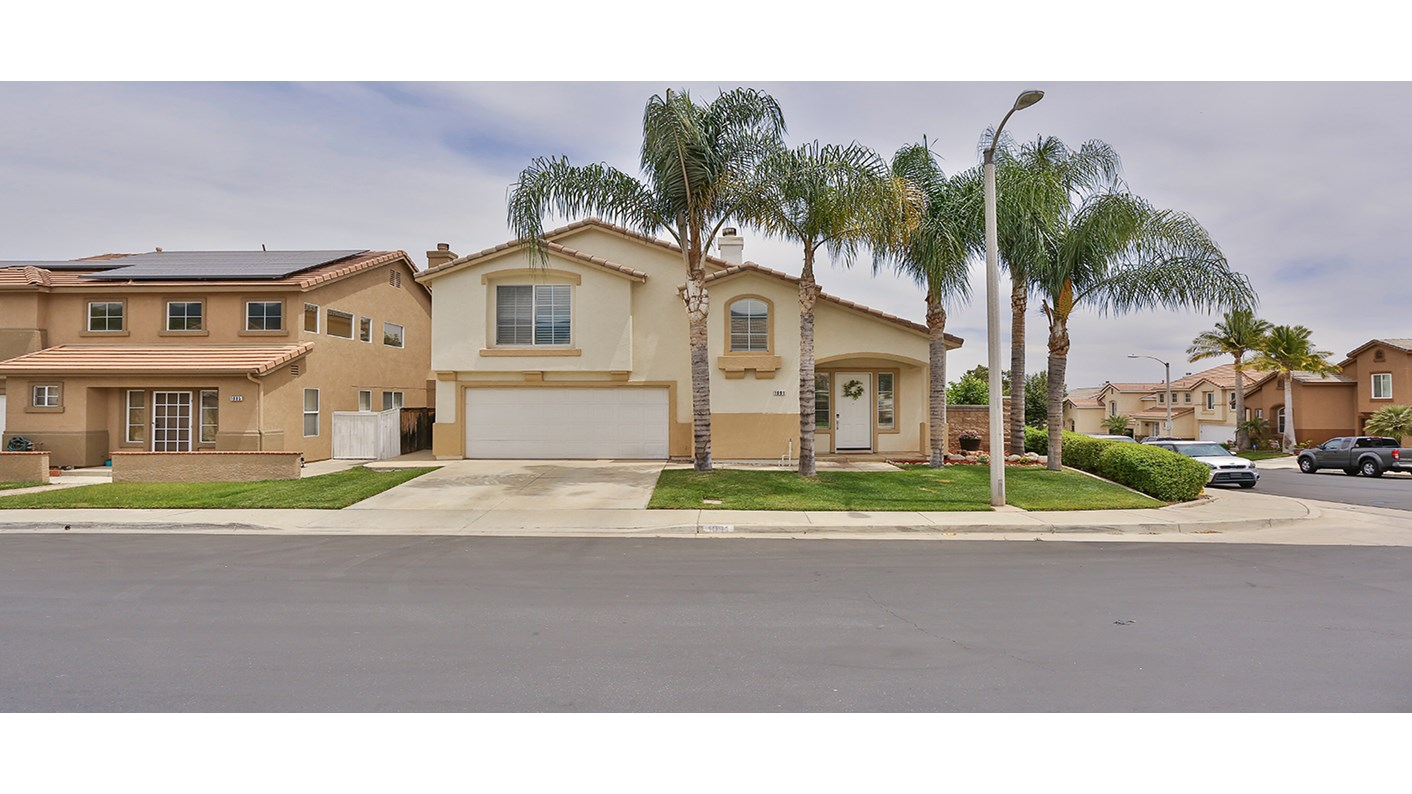 1091 Viewpointe Lane, Corona, CA 92881