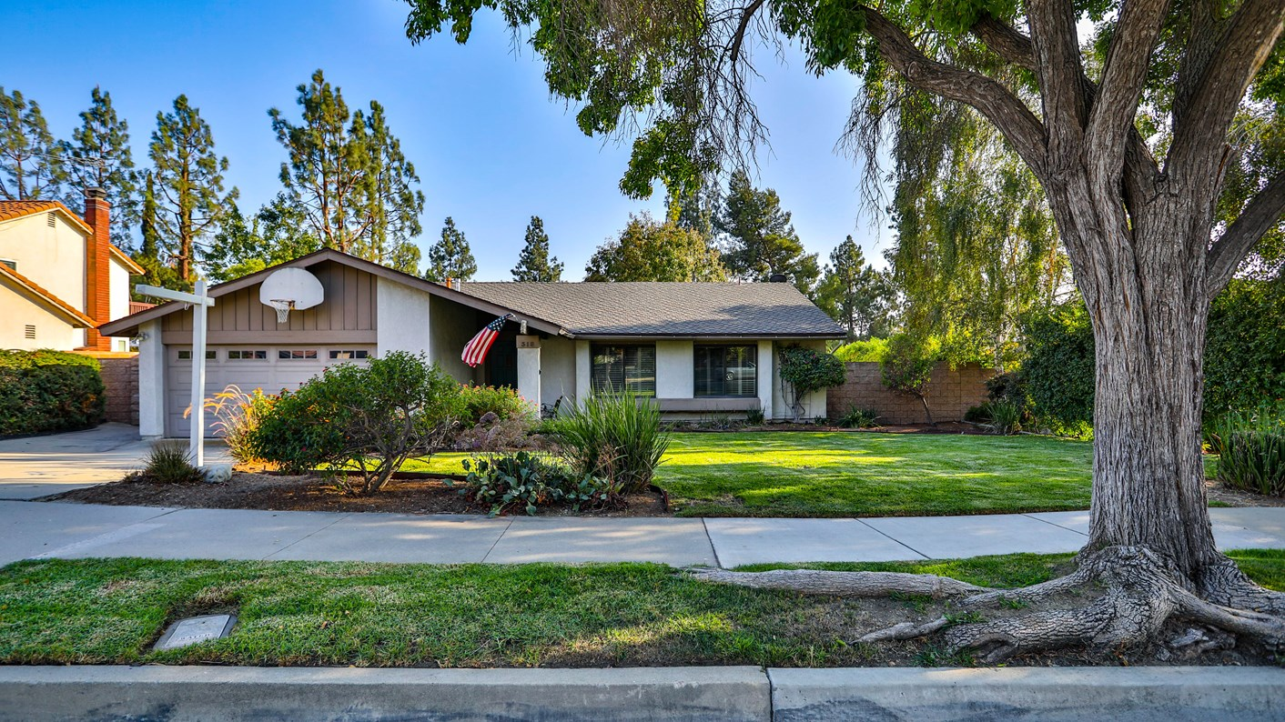 318 East Miramar Avenue, Claremont, CA 91711